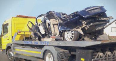 Тројца другари загинаа во страшна сообраќајна несреќа откако се враќале од забава