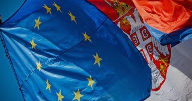 ЕУ ја предупреди Србија: Не може да бидете дел од Евроазиската унија